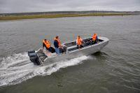 Crew transfer capabilities of the KFX 750 Aluminium Fast Workboat